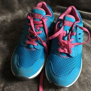 Vionic Blue size 5 sneakers EUC